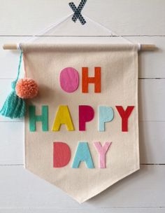 OH HAPPY DAY canvas pennant x 13 inches by thebeeskneesshoppe Nursery Frames, Nursery Canvas, Diy Canvas, Craft Stick Crafts, Felt Crafts, Crafts To Make, Arts And Crafts, Diy Banner, Pennant Banners
