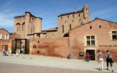 Musée Toulouse-Lautrec à Albi, Midi-Pyrénées - Par CRT Midi-Pyrénées / Patrice THEBAULT #TourismeMidiPy #MidiPyrenees #France #musée #museum #culture #art #toulouse #toulouselautrec #lautrec #tourismetarn #tarn #albi