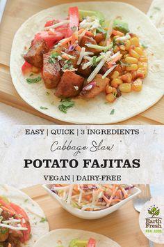 Potato Fajitas with Cabbage Slaw Party Recipes, Lunch Recipes, Summer Recipes, Vegetarian Recipes, Dinner Recipes, Healthy Recipes, Roasted Potato Recipes, Cabbage Slaw, Easy Weeknight Dinners