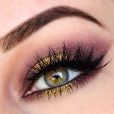 Stunning look by using Makeup Geek Drama Queen shadow and Liquid Gold pigment. Stunning look by using Makeup Geek Drama Queen shadow and Liquid Gold pigment. Makeup Looks For Green Eyes, Pretty Eye Makeup, Gold Eye Makeup, Eye Makeup Tips, Smokey Eye Makeup, Pretty Eyes, Gorgeous Makeup, Makeup Inspo, Eyeshadow Makeup