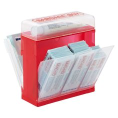 Find the bandage you need in no time with our helpful Bandage Box. Three labeled sections allow you to organize bandages by size and pivot to keep them easy to access. It also features compartments for storing antibiotic cream, gauze, tweezers or a thermometer, so it's perfect for use as a mini first aid kit anywhere you need it!