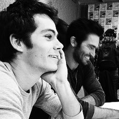 Hobrien in the press room at SDCC'13  (Dylan O'Brien and Tyler Hoechlin)