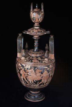 Lebes Gamikos Greek vessel - LM.22 Origin: Mediterranean Circa: 6th th Century BC to 4th BC