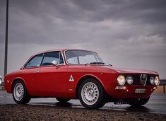Maserati, Ferrari, Nice Cars, Car Manufacturers, My Ride, Alfa Romeo, Cars And Motorcycles, Classic Cars, Wheels