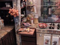 My Miniature Tuscan Kitchen Roombox 1:12