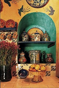 Cocinas Mexicanas Tradicionales - All photos Melba Levick - love the turq the birds. i love mexican style kitchens! Mexican Home Decor, Mexican Art, Mexican Kitchen Decor, Mexican Hacienda Decor, Mexican Tiles, Spanish Style Homes, Spanish Revival, Spanish Colonial, Southwest Decor
