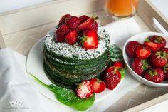 Szpinakowe pancakes z trukawakami. | PODWÓJNA PORCJA