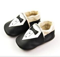 Smart baby shoes made higher quality and sophisticated  baby shoes for worldwide ,with soft  Genuine leather and soft sole