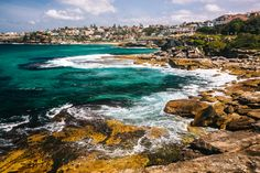 The Bondi to Bronte Coast Walk - Sydney, Australia. #australia #sydney #beach / / / / / Check out more travel photos and articles on my travel blog, frugalfrolicker.com
