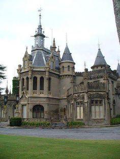 castillo Naveira en Lujan Buenos Aires, Argentina