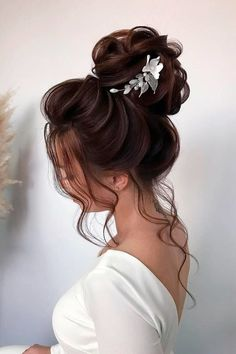Hairstyles That Match Your Dress ❤ #lovehairstyles #hair #hairstyles #haircuts Date Hairstyles, Holiday Hairstyles, Homecoming Hairstyles, Formal Hairstyles, Wedding Hairstyles, Thin Hair Haircuts, Wedding Looks, Dream Wedding, Updos