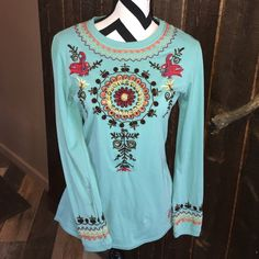 "Boho meets western chic Double D Ranchwear top Turquoise with fun embroidered & embellished bling fun.  All pieces accounted for and in place.  long shirt 26"" from backside neck to hem.  95%cotton 5% spandex. Double D Ranchwear Tops Tees - Long Sleeve"