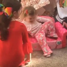 Cute Funny Baby Videos, Cute Funny Babies, Funny Videos For Kids, Funny Kids, Cute Baby Girl Pictures, Cute Baby Boy, Cute Little Baby, Cute Kids Pics, Cute Funny Quotes