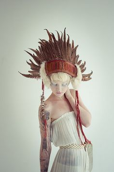 Loving these feather headresses by Stephanie Sian Smith  'The Feathersmith'  feathersmith.blogspot.com