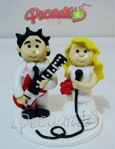 #felicidades #matrimonio  #decoratu #torta con un Pecadito de muñeco  #PEDIDOS: gerencia@pecaditos.com.co #TELÉFONOS: 6435035 - 3008950900 – 3105672077 #Whatsapp: 3008950900 #Ponqués #Bucaramanga — at #Cabecera: Cra.36 #48-96.