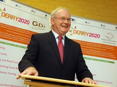 Deputy First Minister Martin McGuinness, MP, MLA, speaking at the launch of the Derry 2020 Project at the Glenview Community Centre in the city. The project aims to create and develop a collaborative, community based model for employment and learning Viettel IDC tại địa chỉ Tòa nhà CIT, Ngõ 15 Duy Tân - Cầu Giấy - Hà Nội: