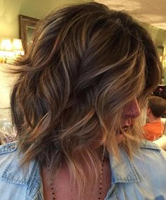 Mid-Length Wavy Layered Bob