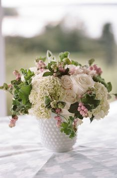 Milk Glass Centerpiece- tri rose groupings among hydrangea. Love the pink snowberries with this recipe. Succulent Centerpieces, Glass Centerpieces, Wedding Centerpieces, Glass Vase, Vintage Centerpieces, Wedding Arrangements, Deco Floral, Arte Floral, Floral Design