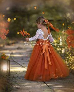 Fall Flower Girl, Flower Girl Dresses Boho, Rustic Flower Girls, Lace Flower Girls, Girls Dresses, Boho Wedding, Dream Wedding, Fall Wedding, Autumn Wedding Ideas October