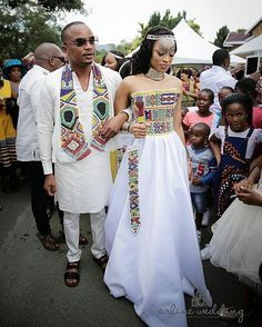 African Traditional Wedding Attire That Will Make You Want To Get Married - Pretty 4 African Traditional Wedding Dress, Traditional Wedding Attire, Traditional Outfits, Zulu Traditional Attire, American Traditional, African Wedding Attire, African Attire, African Fashion Dresses, African Weddings