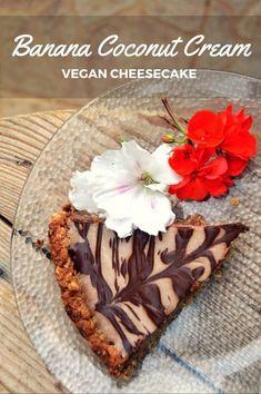 vegan cheesecake! banana coconut cream cheesecake | accidentallycrunchy.com