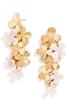 Make a statement this spring with these fun two-toned earrings from BaubleBar!
