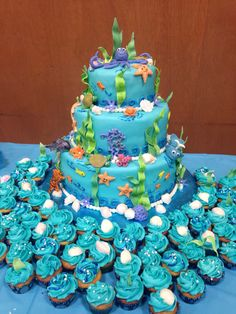 Under The Sea Baby Shower Cake I Made This Weekend And Buttercream Mini  Cupcakes