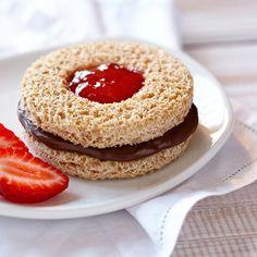 Chocolate Hazelnut Peek-A-Boo Sandwich from Jif
