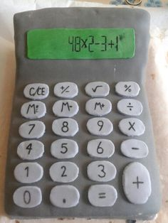 Calculator fondant cake