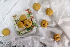 Na cozinha com a Filipa: Bolinhos de laranja e chocolate de côco