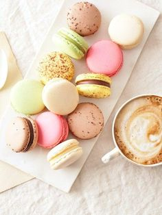 COLORFUL PASTEL MACAROONS AND COFFEE