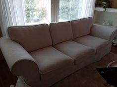Vaalea sohva