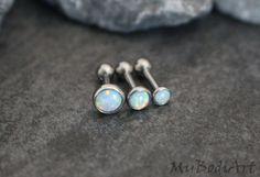 Tragus Opal Tragus Earring 16 Gauge Cartilage Earring por MyBodiArt