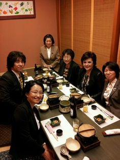 Dinner with family nursing leaders who attended Japanese Association for Research in Family Nursing (JARFN) Forum in Kanazawa, Japan.
