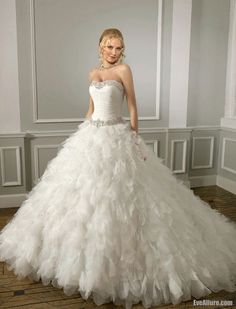 wedding dress with textured skirt | Elaborate train with texture- This is PERFECT! :)