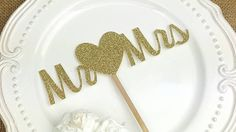 Mr and Mrs cake topper,custom cake topper ,wedding cake topper,laser cut personalized topper birthday topper,cupcake toppers wired twist,