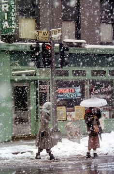 Saul Leiter - New York (San Carlo Restaurant at 3rd Avenue and E 10th Street) - 1952