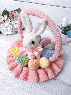 Amigurumi Doll Pattern, Crochet Doll Pattern, Crochet Motif, Crochet Dolls, Bunny Crochet, Easter Crochet, Crochet Crafts, Crochet Projects, Crochet Animal Patterns
