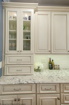 broken white wooden kitchen cabinet with gray marble counter top and broken white small tile back splash . Amazing Ivory Kitchen Cabinets Give Beautiful Design For You Ivory Kitchen Cabinets, Kitchen Cabinet Colors, Cream Colored Kitchen Cabinets, Cream Colored Kitchens, Cream Cabinets, White Shaker Kitchen, To Go, Küchen Design, New Kitchen