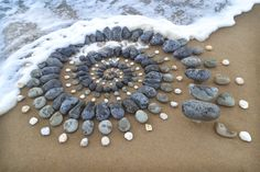 Jon Foreman discovered land art while in college and immediately fell in love with it. Land Art, Art Crea, Wave Drawing, Art Pierre, Empty Canvas, Art Sculpture, Metal Sculptures, Abstract Sculpture, Bronze Sculpture