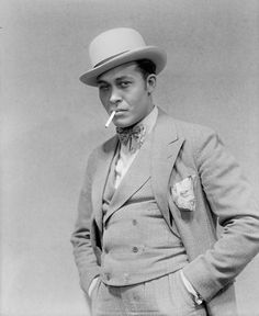 "Percy Verwayne as Sporting Life in Porgy and Bess, 1927    What eyes! ""Dapper"" and ""smoldering"" in the same pose."