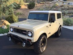 1970 800A Black on Tan
