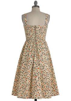 Basque in the Memories Dress