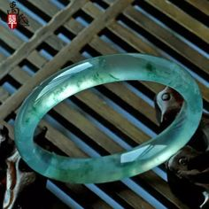 Jade Jewelry, Chinese Antiques, Bangles, Jewels, Gemstones, Beautiful, Jewellery, Drawing, Colors