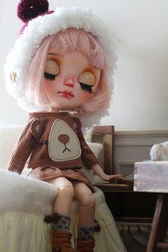 Bear face suit for Blythe by Tatablythe on Etsy Bear Face, Creepy Dolls, Little Doll, Doll Maker, Cute Dolls, Ball Jointed Dolls, Blythe Dolls, Bedtime, Fashion Dolls