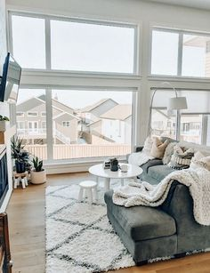 My love of rearranging furniture started when I was like 7 years old and would move furniture around in my bedroom 😂 literally nothing has… Home Living Room, Apartment Living, Living Room Designs, Living Room Decor, Living Spaces, Dog Spaces, Style At Home, Up House, Cozy House