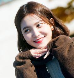 ʚ pin - lloverrose ɞ Seulgi, Kpop Girl Groups, Kpop Girls, Red Velvet イェリ, Korean Girl, Asian Girl, My Girl, Cool Girl, Ulzzang