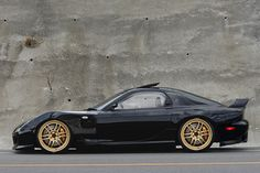 My Dream FD RX-7 [Burnout widebody, Kazama Auto front fenders, RPF1's]