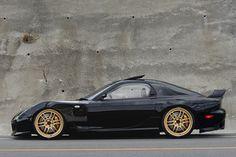 My Dream FD RX-7 [Burnout widebody, Kazama Auto front fenders, RPF1's]