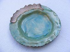 Vide poche en céramique enfumée bleu turquoise : Vaisselle, verres par terrafeu